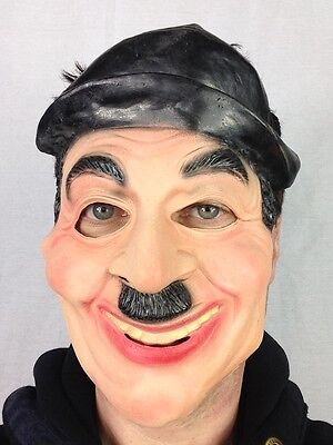 Berühmte Maske (Charlie Chaplin Maske Latex berühmt Silent 1920's Schauspieler Gesichtsmaske)
