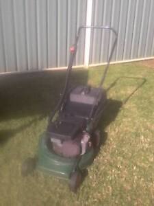 Victa 2 Stroke Lawn Mower Horsley Wollongong Area Preview
