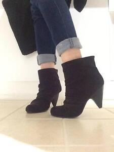 Black High Heel Ankle Boots (SIZE 6) Aberfoyle Park Morphett Vale Area Preview