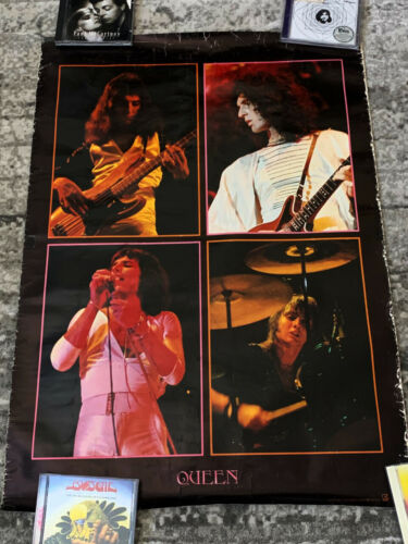 Queen poster Queen poster Japan A Day At The Races Vintage promo Original poster