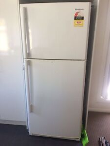 refrigerator samsung 431 LT Waratah West Newcastle Area Preview