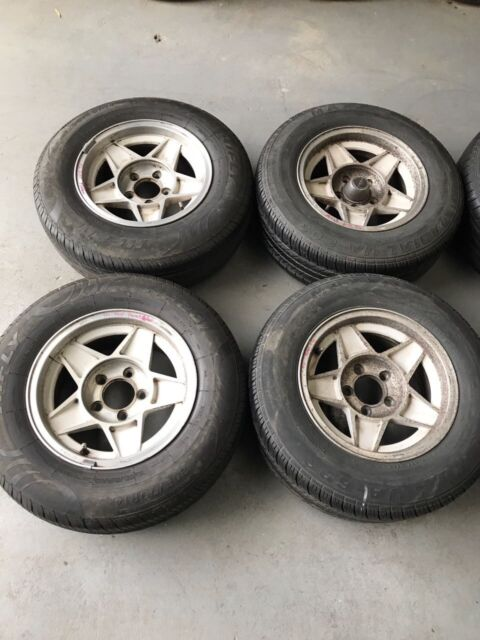 4 X 94 Ford Falcon Csa Bathurst Globe Mags And 205 70 R14