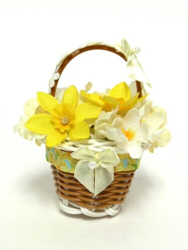 ACCESSORY DAFFODIL  BASKET FOR BYERS CHOICE CAROLER ----- CAROLER NOT INCLUDED