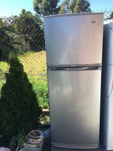 stainless steel great workign 385 liter sumsung fridge , Mont Albert Whitehorse Area Preview