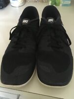0e65596af591 Mens Nike Free 5.0 Running Shoes Size 10.5 Athletic 642198-001 Black White