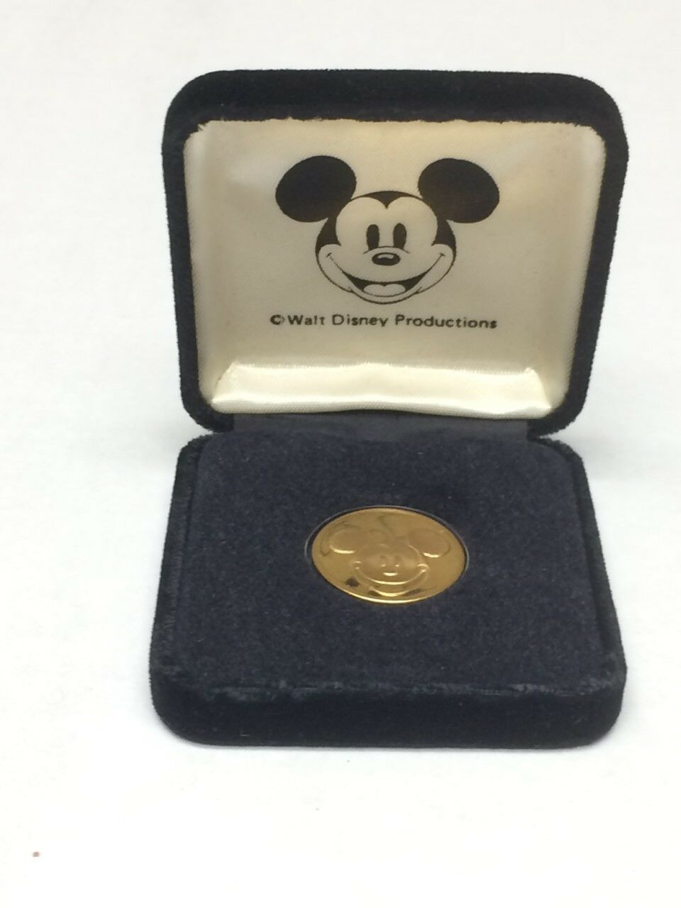 Details about Mickey Mouse A Commemorative Vintage Oldest Kingdom Coin  Medallion w/ orig  case