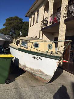 Over 8m long wooden boat give away Sylvania Waters Sutherland Area Preview