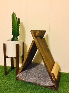 New Solid wood Cat Teepee