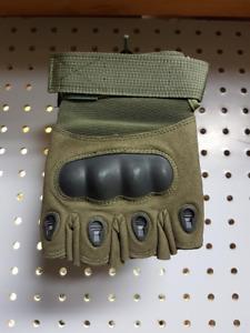 Gants tactiques sans doigts avec coquille (noirs ou verts)