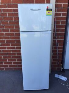 tiny /excellent 249 liter fisher &paykel fridge , can delivery ex Mont Albert Whitehorse Area Preview