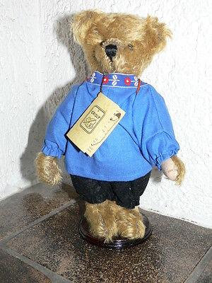Grisly - Töpfer Bär - hellbraun - ca. 26 cm - limitiert -  Nr. 62 von 555 -