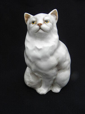 Vintage Royal Doulton White Persian Cat Figure, #2539