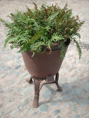 LARGE ANTIQUE RUSTIC CAST IRON GARDEN PLANTER / URN