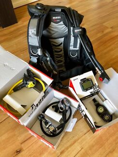 MARES Brand New Scuba Diving Gear Package (Reg,Occ,BCD,Dive Comp)