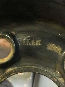 Pneus et roue d'aciers