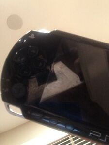 PSP hard case, Includes charger