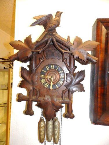 ORIGINAL BLACK FOREST CUCKOO QUAIL CLOCK AROUND 1900 ONLY FOR A  RESTAURATION