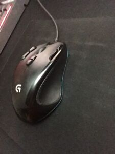 Logitech G300 mouse and mousepad