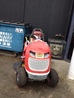 COX Ride On Lawn Mower