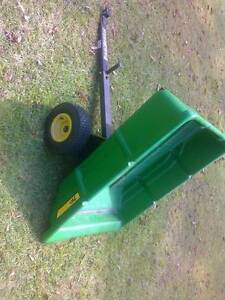 john deere utility tipper cart 7P for lawn tractors Morisset Lake Macquarie Area Preview