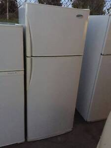 Large / grea working 440 liter froest free westinghouse fridge , Box Hill North Whitehorse Area Preview