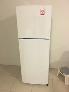 LG Fridge. Under warranty...  Delivery $60 Parramatta Parramatta Area Preview