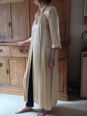 1940's dressing gown, champagne silk satin, size 10/12 vintage