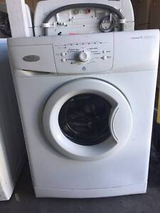 whirlpool 7.5kg frontloader washing machine/ 3months warrant C101 Coopers Plains Brisbane South West Preview