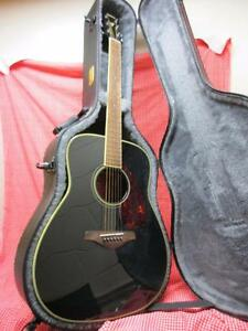 YAMAHA GUITAR FG720S FREE CASE HURRY BARGAIN Fairfield Fairfield Area Preview