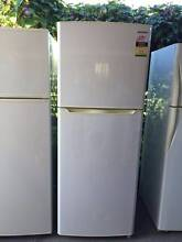 Modern 4.5 star 395 liter sumsung fridge, can delivery at extra f Mont Albert Whitehorse Area Preview