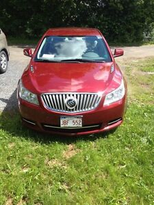 Mint condition Buick Lacrosse 2011