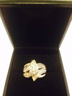 9 ct Gold Diamond Ring Dandenong North Greater Dandenong Preview