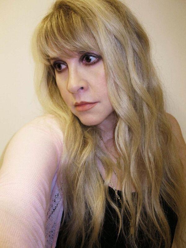 Stevie Nicks Distracted Nlonde 8x10 Photo Print
