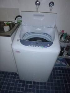 Bargain washing machine Narraweena Manly Area Preview