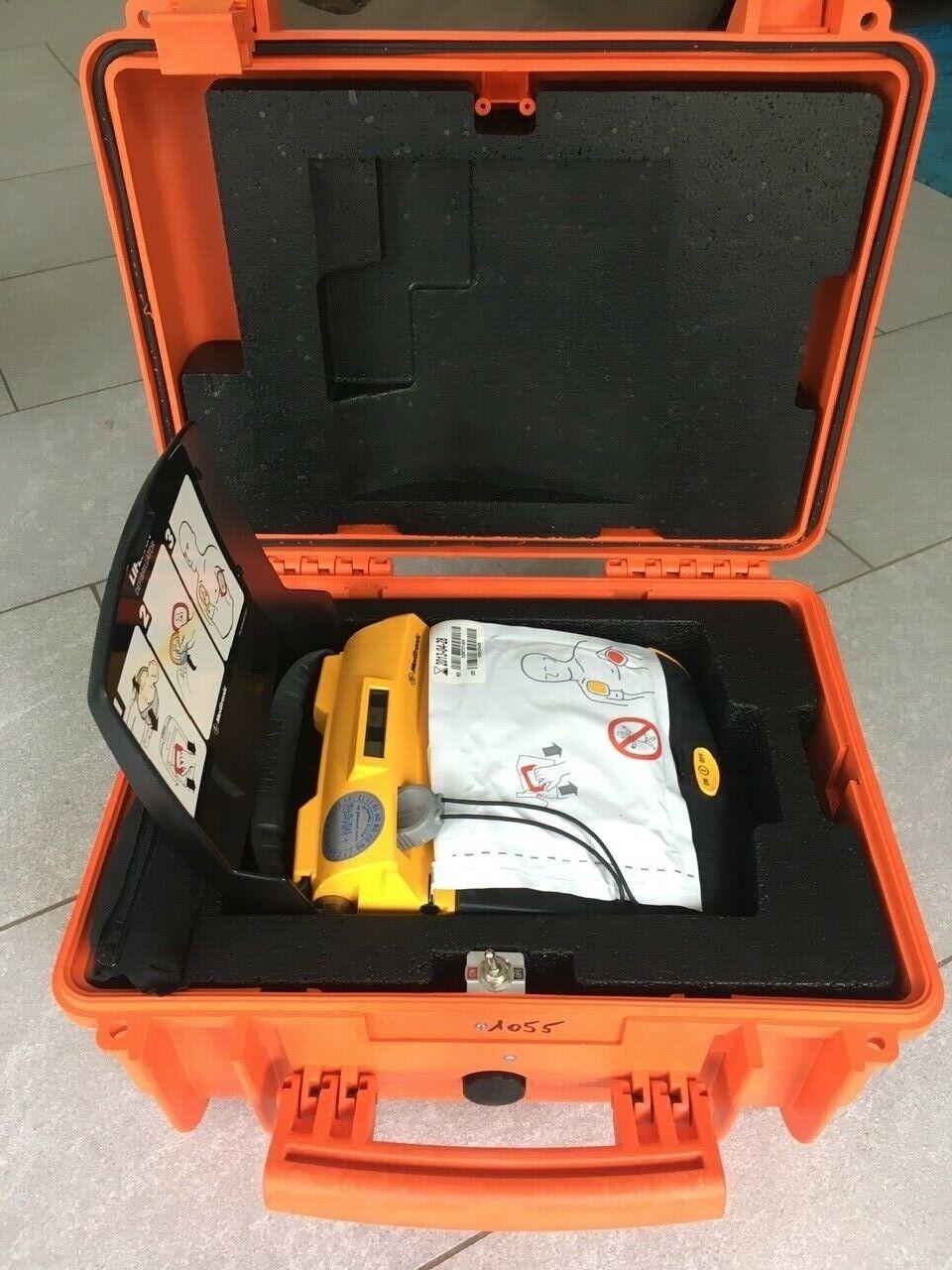 2 Stück: Defibrillator AED Physio Control Lifepak CR Plus