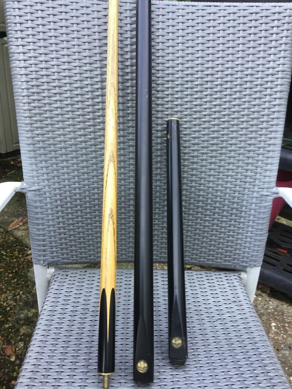 VINTAGE BEAUTIFUL AGED ASH AND EBONY 3/4 JOINT SNOOKER CUE 19 oz