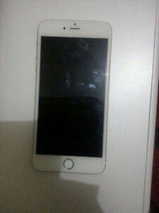 IPhone 6 64gb gold plus Endeavour Hills Casey Area Preview