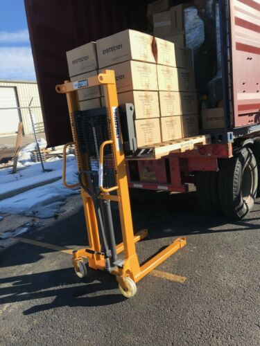 """Manual Pallet Stacker 4400Lbs Capacity 60"""" Lift Height"""