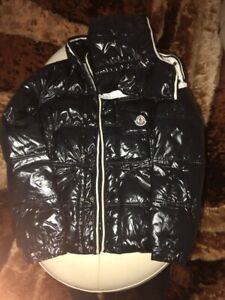 Moncler size 1 *Trades Only Reach Description*