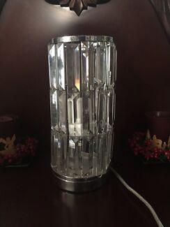 BEAUTIFUL CRYSTAL CHANDELIER LAMP