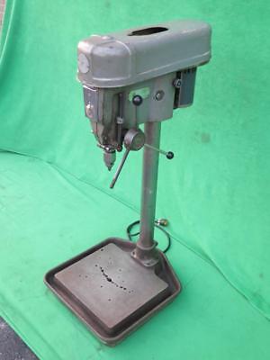 15 Delta Rockwell 15-665 Bench Drill Press 6 Speed 0-12 Cap Ge 12 Hp 115v
