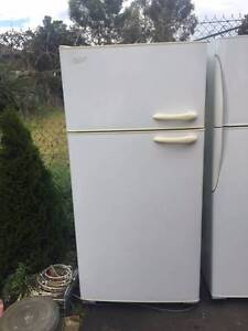 left hand size /large/Great working 520 liter Kelvinator fridge , Mont Albert Whitehorse Area Preview