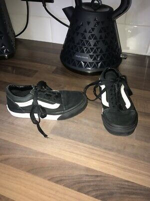 Boys Vans size 11 infant/ junior