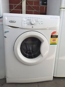 3.5 star large / 7.5 kg 6th sensor whirpool front washing machine Mont Albert Whitehorse Area Preview