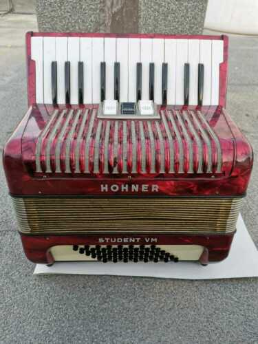 HOHNER STUDENT V M VINTAGE GERMANY 443585 ACCORDION 48 BASS