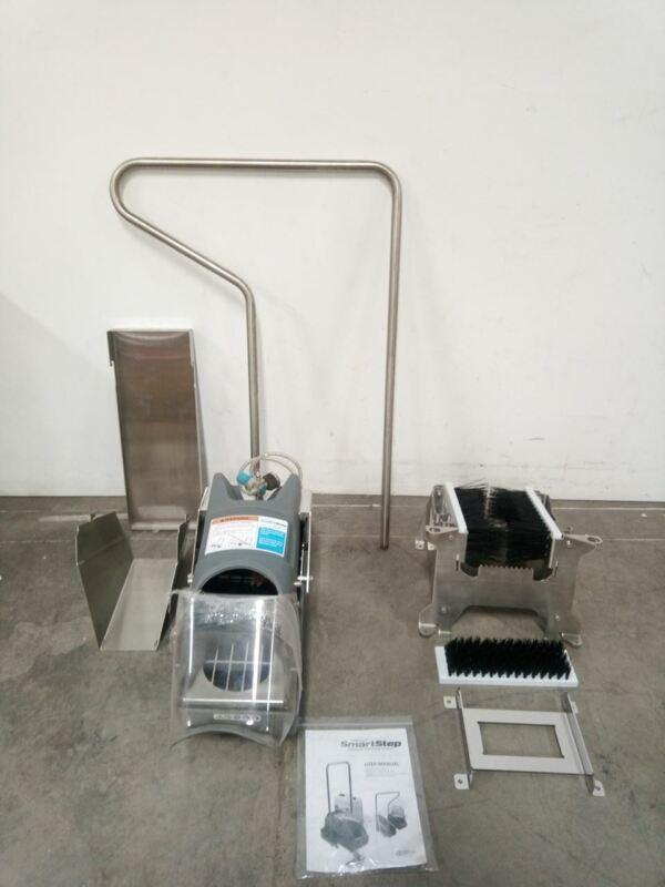 Smartstep ADB0002-BS 3-6 Users/Minute Footwear Sanitizing Unit