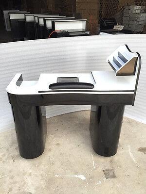 MANICURE  NAILS TABLE JK WHITE /BLACK  COLOUR