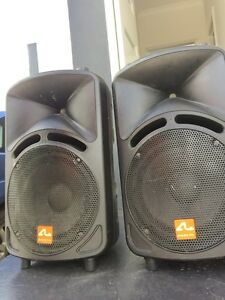 Dj equipment 2x CDJ900, 1x DJM 800, 2x speakers & road case Reservoir Darebin Area Preview