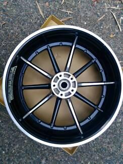 Breakout harley wheel 18x8