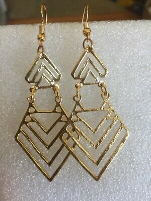 Great New Yellow Gold Plated Geometric Chevron Design Hook Dangle Drop -